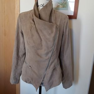 Stylish versatile top, taupe faux suede, zip front